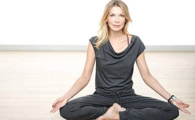 Aldi Sud Bietet Yoga Kollektion Mit Ursula Karven An